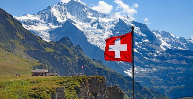 Suiza bandera Alpes