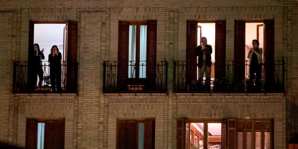 España aplausos balcones
