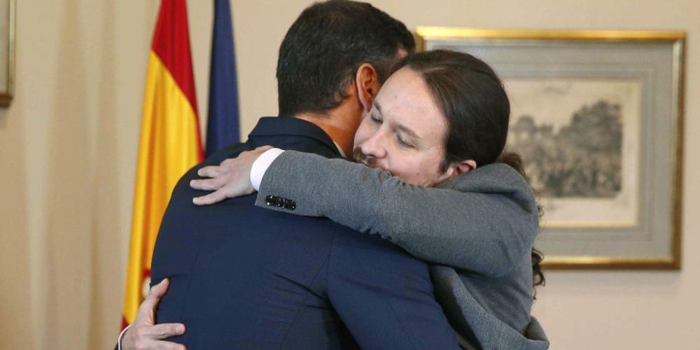 Pedro Sánchez Pablo Iglesias abrazo