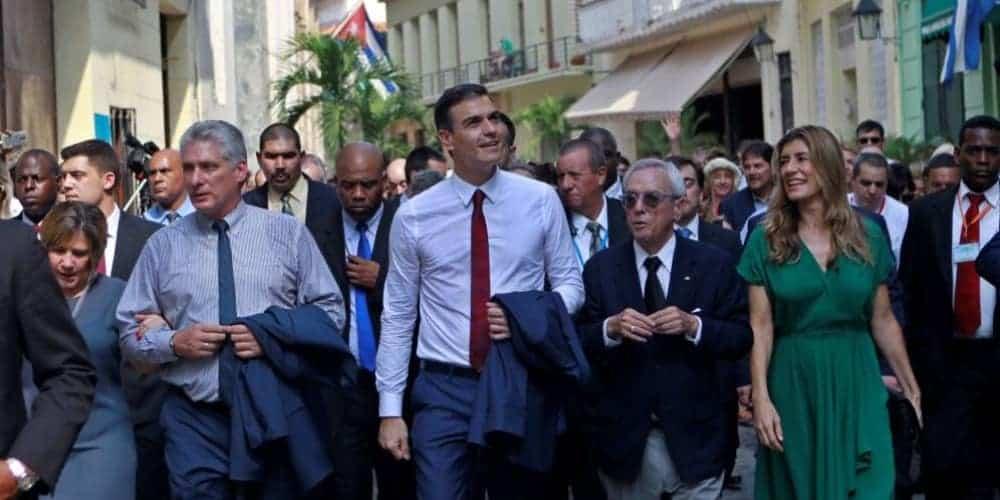 Sánchez con Canel en Cuba