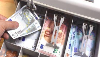 Euros billetes caja registradora